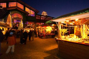 Night at the most beautiful Christmas market in Montreux, Switzerland. Discover and enjoy.